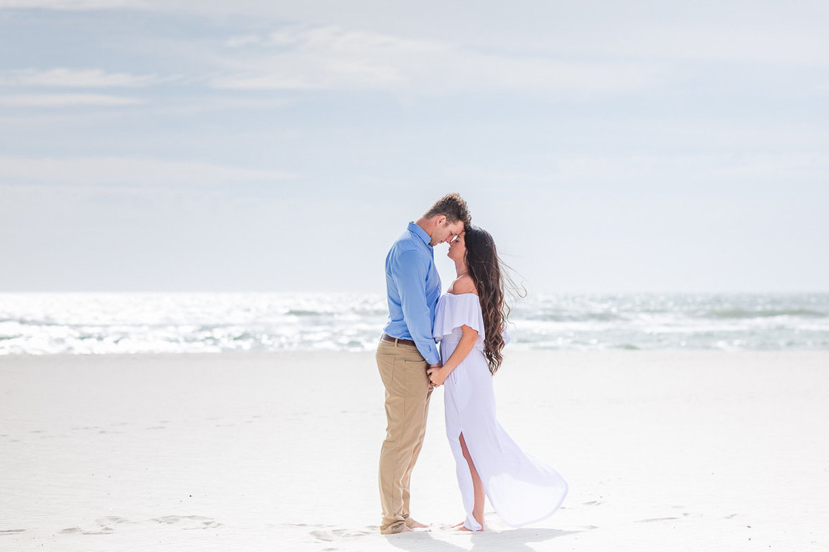 romantic beach engagement session | Toni Goodie Photography