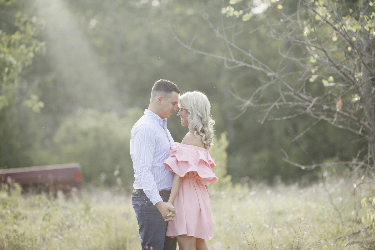 TIFFANY_WAYNE_photography_family_albany_saratoga_lifestyle_candid_love__engagement_pictures_0027