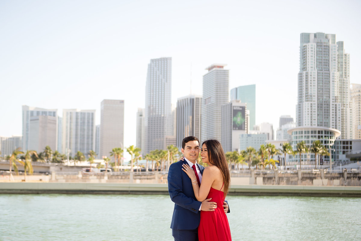 Steph-Juan-Engagement-Sneak-Peek-Perez-Art-Museum-Miami-PAMM-2