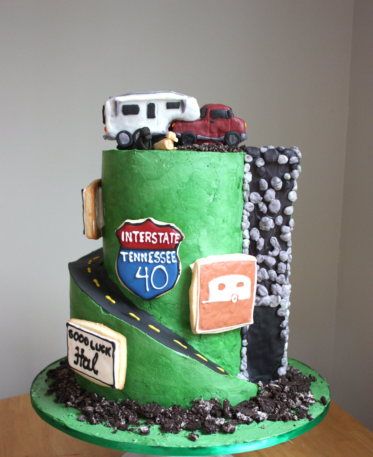 camper travel cake