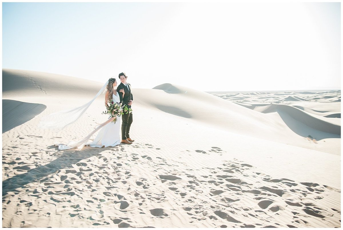 Glamis Desert Bohemian Wedding Styled elopement southern california sand dunes photo012