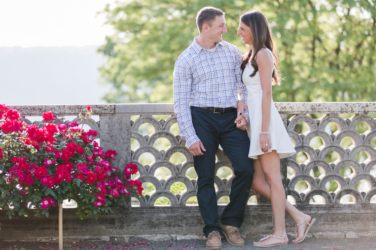 Jessica-Haley-Untermyer-Park-New-York-Engagement-Photographer-3