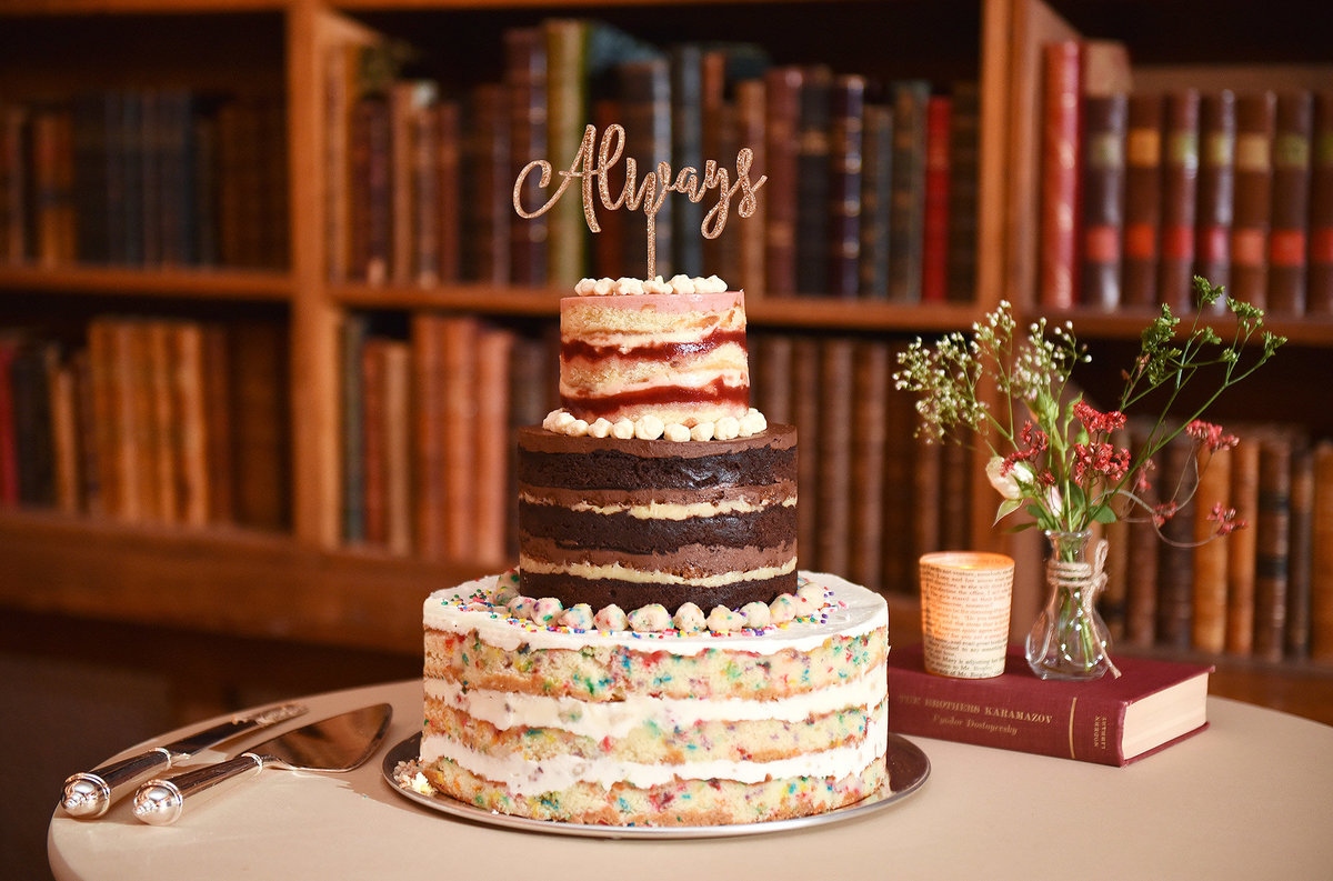51-v-milk-bar-cake-wedding