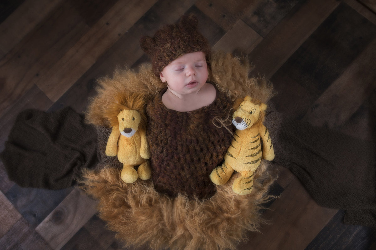 Baby Brixton Newborn Photos-1016v2