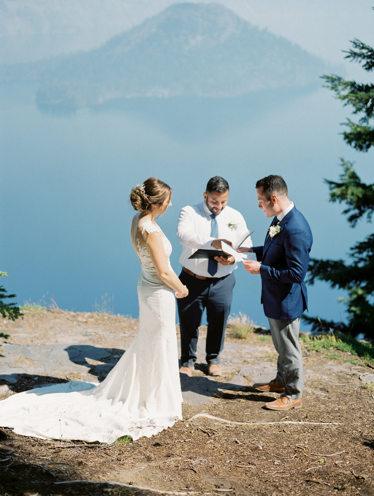 Gabriela Ines Photo-Crater Lake Wedding-0021