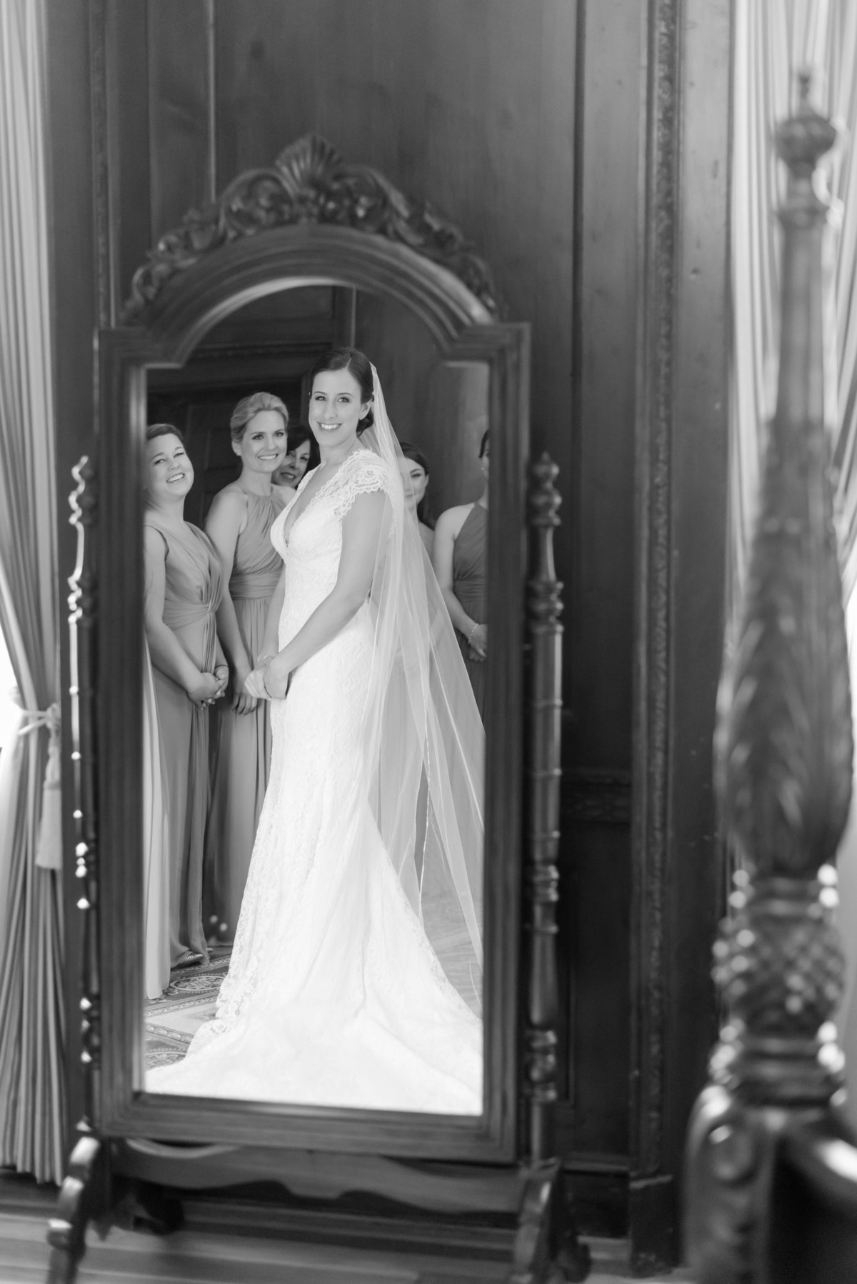 NYIT-De-Seversky-Mansion-Wedding-2017-05-12OliviaandBenWedding150345-28