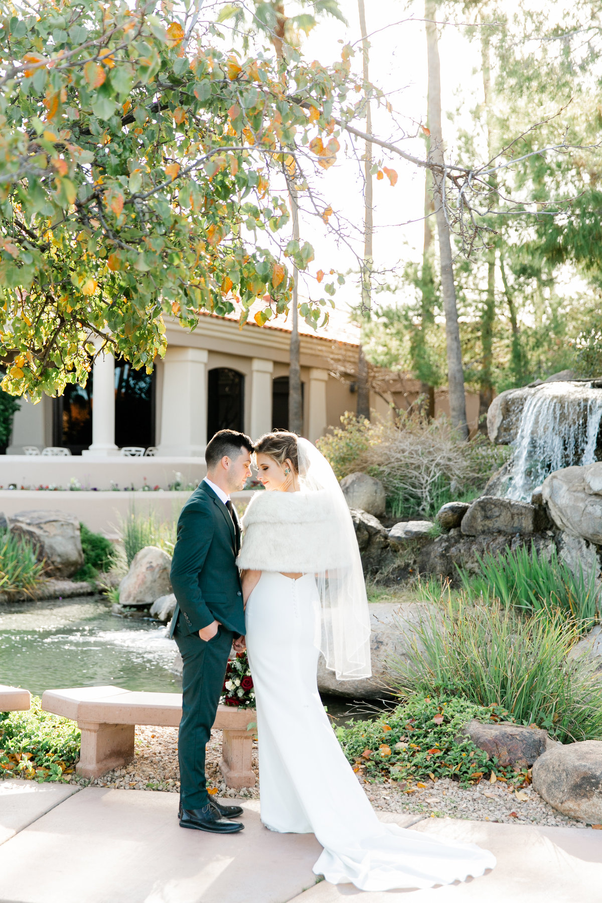 Karlie Colleen Photography - Gilbert Arizona Wedding - Val Vista Lakes - Brynne & Josh-467