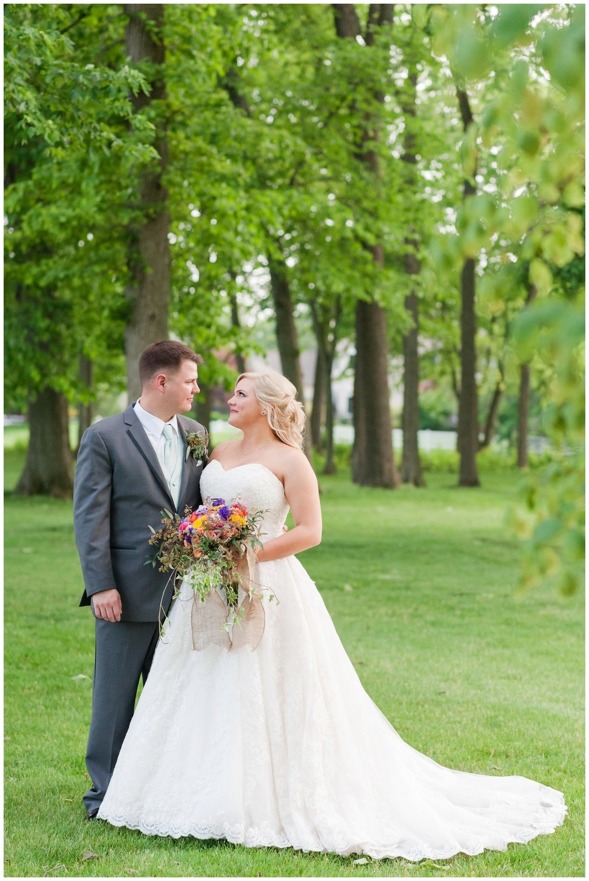 Heritage golf and country club wedding hilliard ohio wedding photos_0044