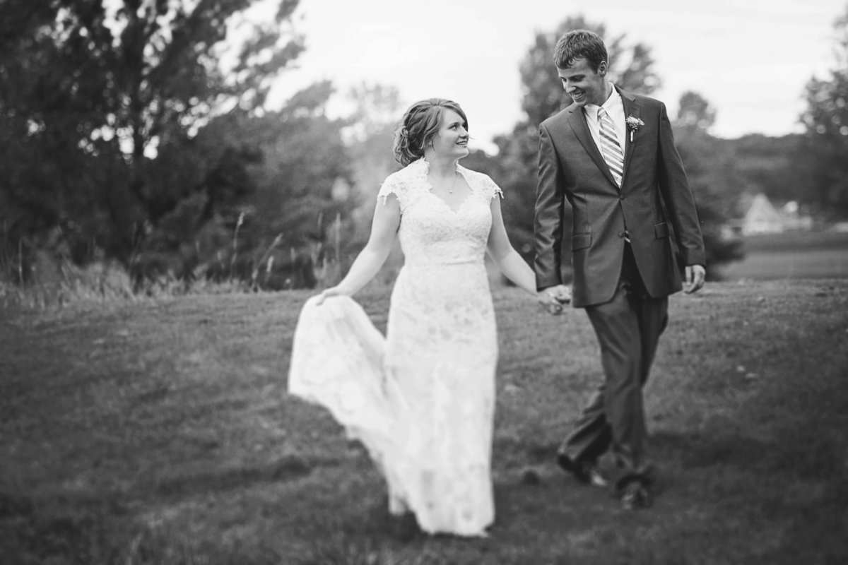 Classic wedding at The Woods by Casi Lea Photography-green bay wedding photographer-door county wedding photographer-milwaukee wedding photographer-appleton wedding photographer-wisconsin weddings