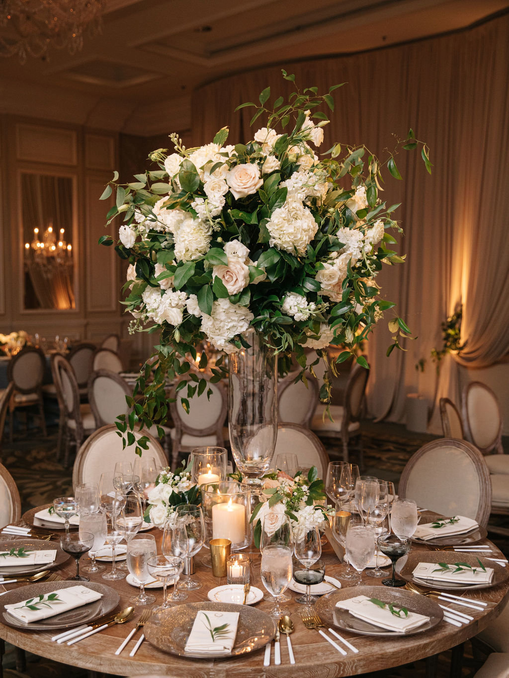 Four Seasons Chicago Elegant Wedding_9