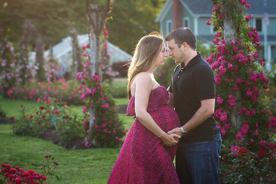 Roses Maternity Photography Session | Elizabeth Park West Hartford CT Photography Session | Maternity Photography CT | West Hartford CT Maternity Photographer Elizabeth Frederick Photography