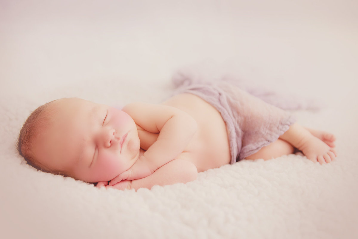 traverse city newborn photography in michigan