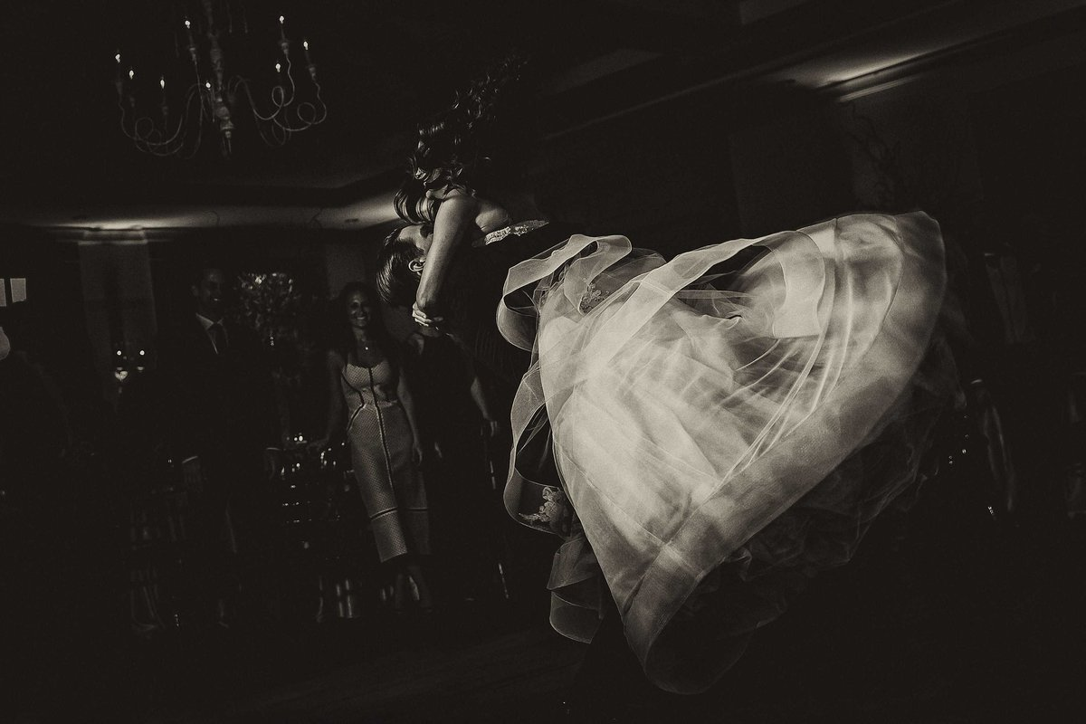 Emotional-First-Dance-Country-Club-Charleston-Wedding-Photographers-in-Charleston-SC-Fia-Forever-Photography