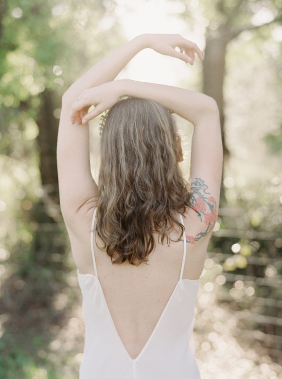 organic-outdoor-boudoir-inspiration-gossamer-gathered-melanie-gabrielle-photography-096