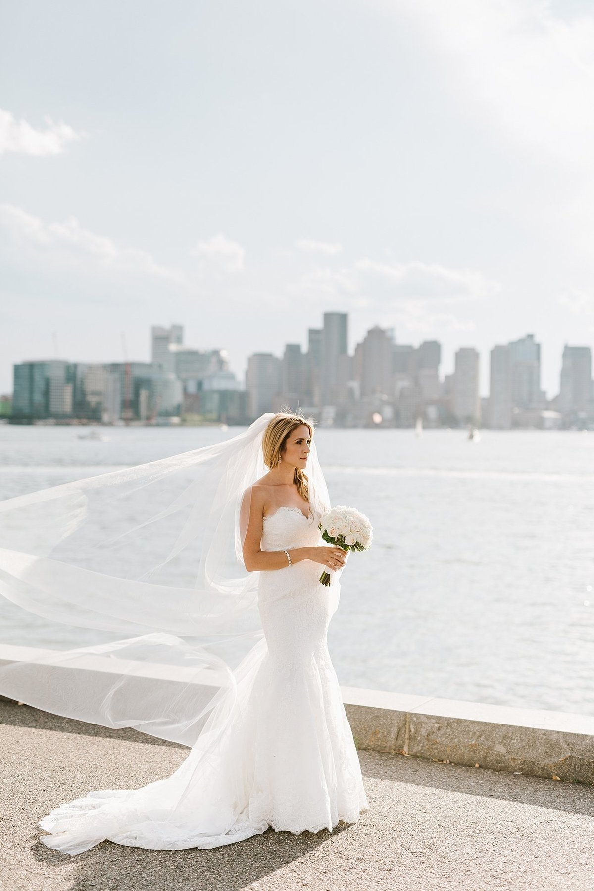 hyatt-regency-boston-harbor-hotel-wedding-photographer-photo_0016