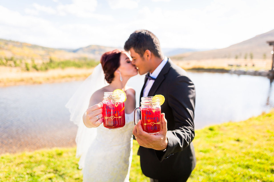 granby-colorado-Strawberry-Creek-Ranch-Wedding-Ashley-McKenzie-Photography-tropic-meets-mountain-wedding-colorful-cheers-sangria