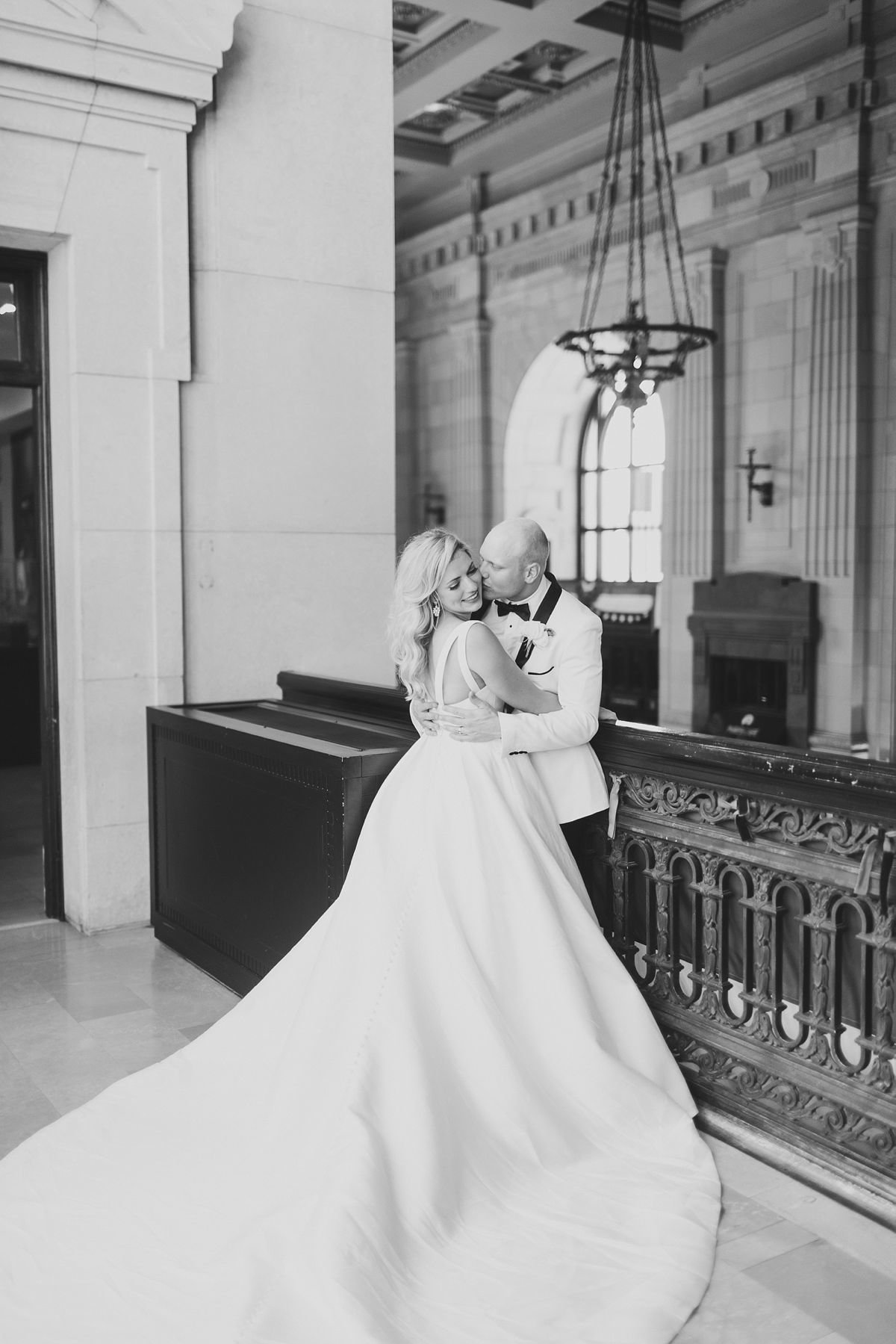 AshleyMatt_Portraits_UnionStation_KansasCityWedding_CatherineRhodesPhotography (290 of 354)-Edit-1