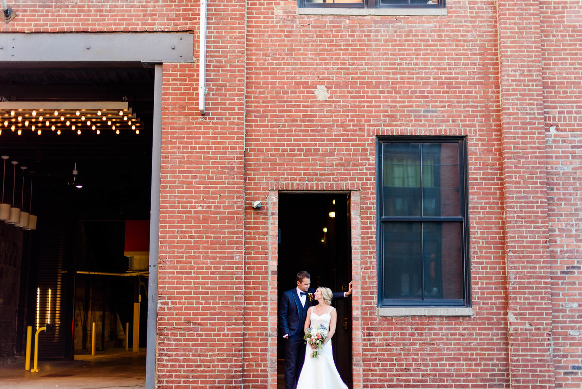 pittsburgh-opera-house-wedding-pictures-20