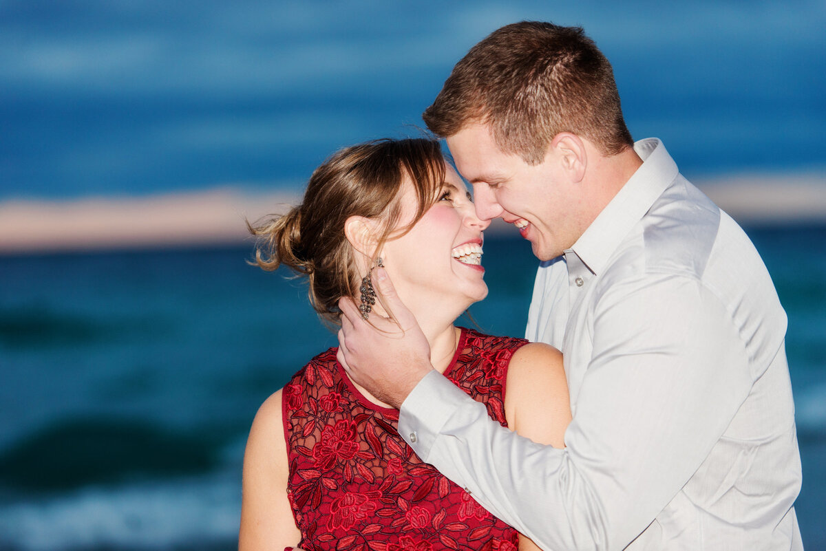 traverse-city-michigan-engagement-wedding-photography-18