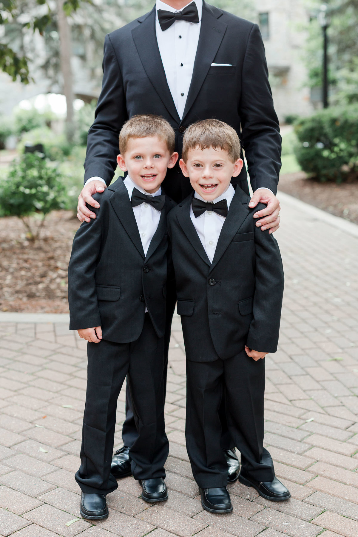 Maison Meredith Photography Wisconsin Wedding Photographer Real Wedding Four 053