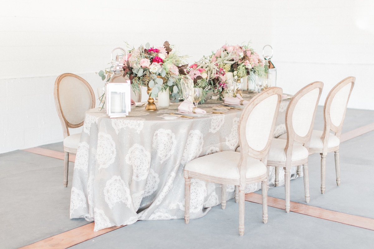 Blush Pattern Brocade Table Linen
