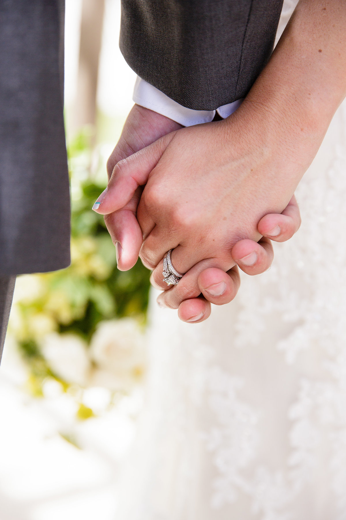 bride-and-groom-hands