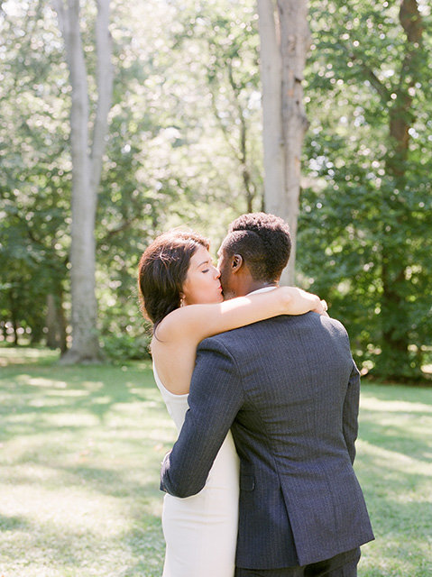 wedding-kiss-washington-dc-film-fuji-photography