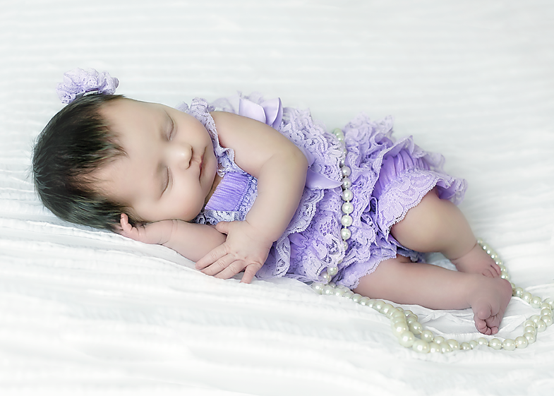 Newborn-Photographer-6