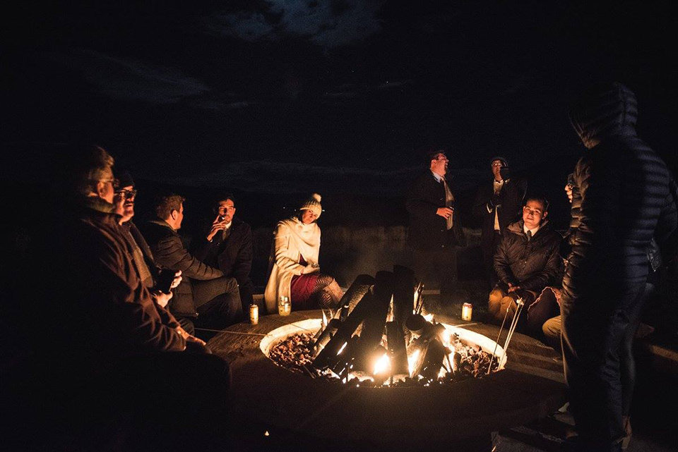 Granby-colorado-strawberry-creek-ranch-hipster-mountain-wedding-celebratory-bonfire-after-party
