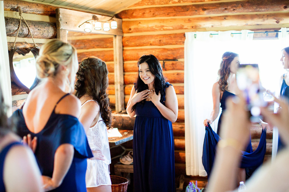 Strawberry-Creek-Ranch-Wedding-Ashley-McKenzie-Photography-Summer-love-on-the-ranch-Bridal-Suite