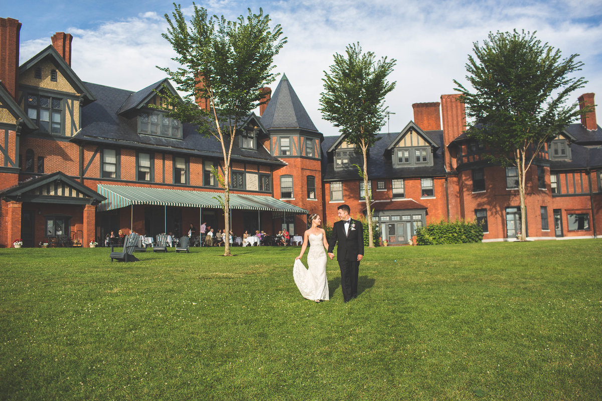 Inn_at_Shelburne_Farms_Wedding_YG20160723211-4 for gallery