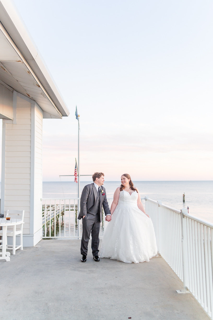 yacht club wedding reception on the mississippi gulf coast photographed by toni goodie photography