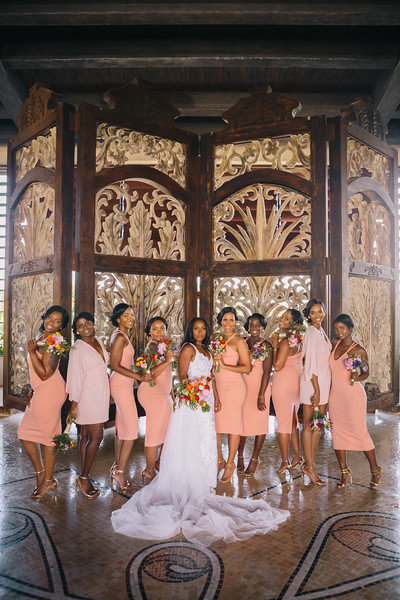 Tropical_cancun_wedding_Taylor_Hov_Erika_Layne-6127-L