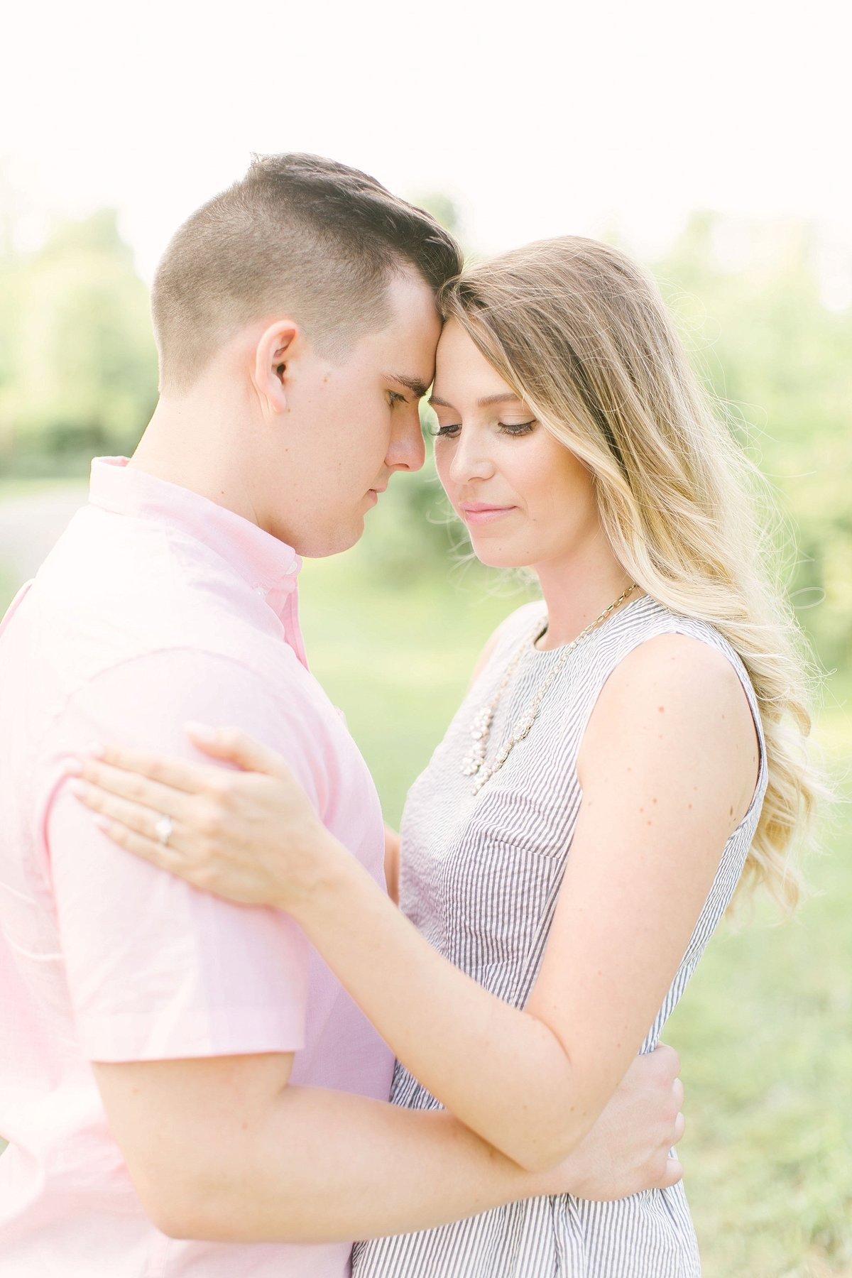 columbus_ohio_wedding_photographer_natural_light_river_dock_engagement_M&A0017