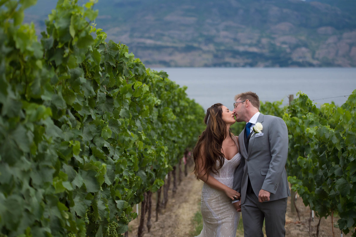 Kelowna Wedding Photography Suzanne Le Stage-8