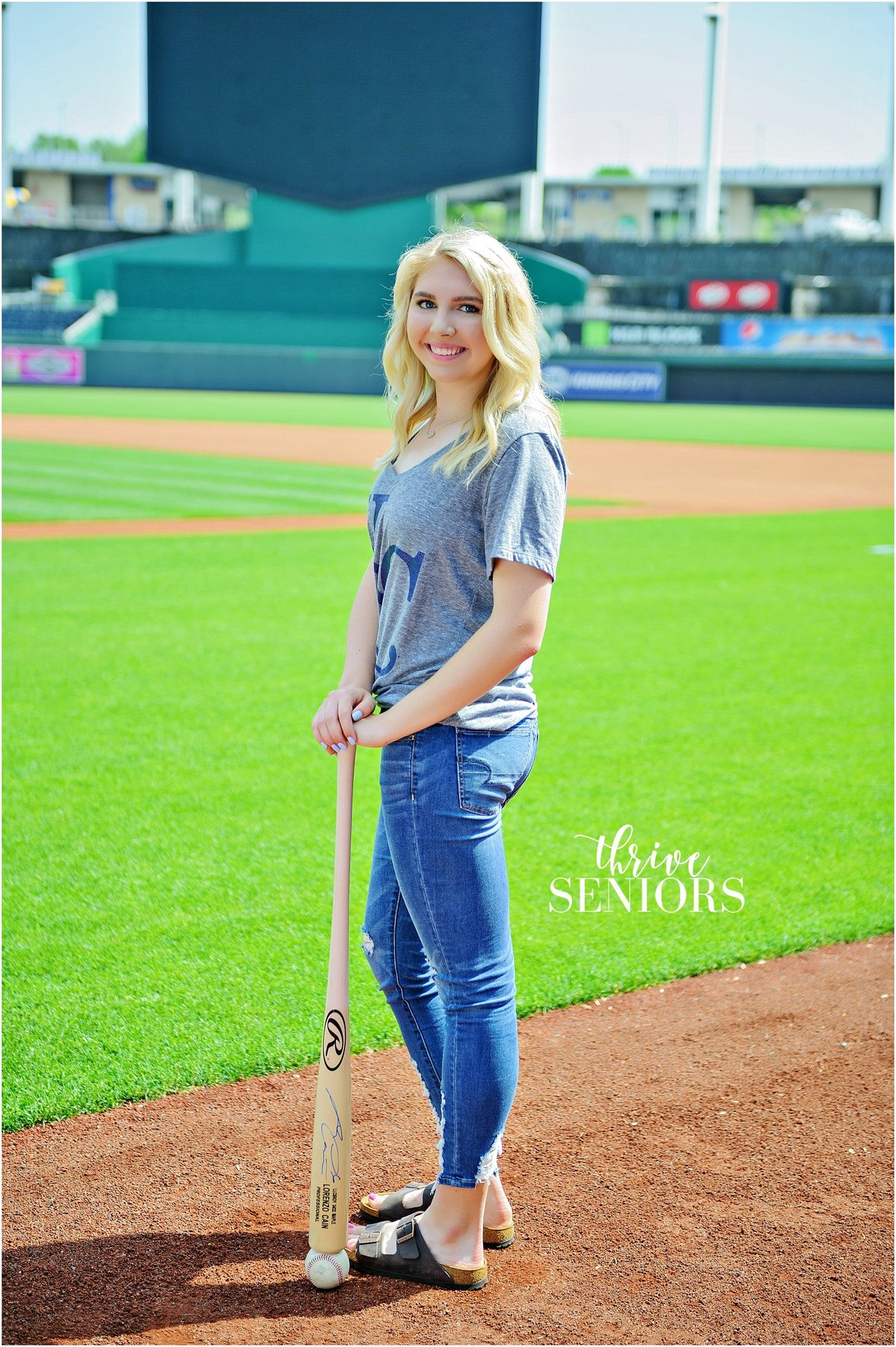DSC_4558_kansas city senior portrait photographer royals kauffman stadium