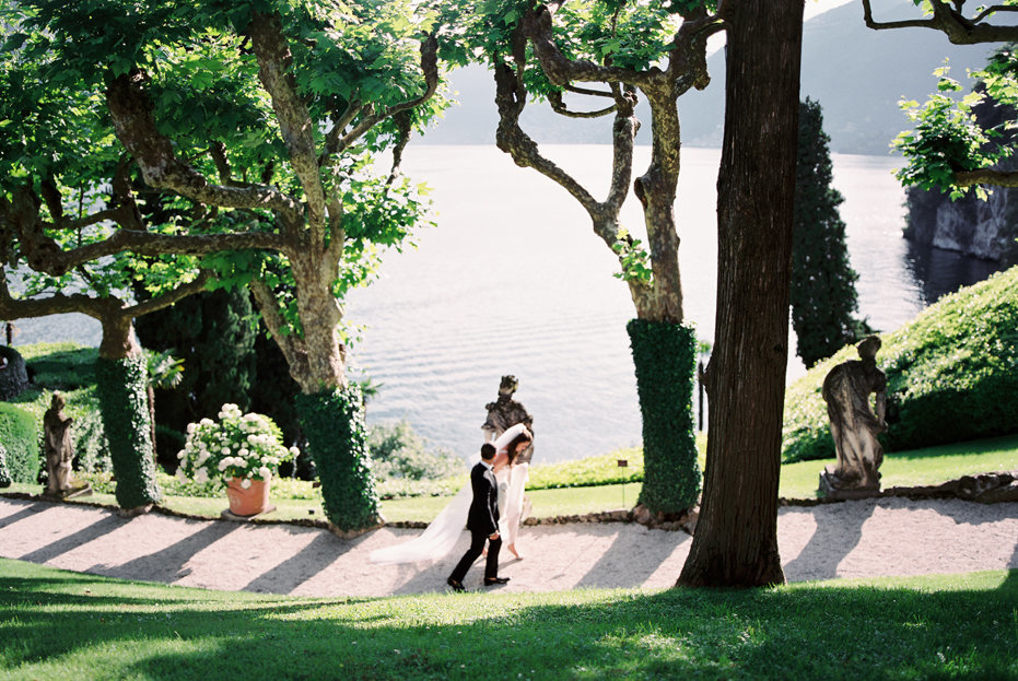 lake_como_italy_villa_balbianello_destination_wedding_melanie_gabrielle_038