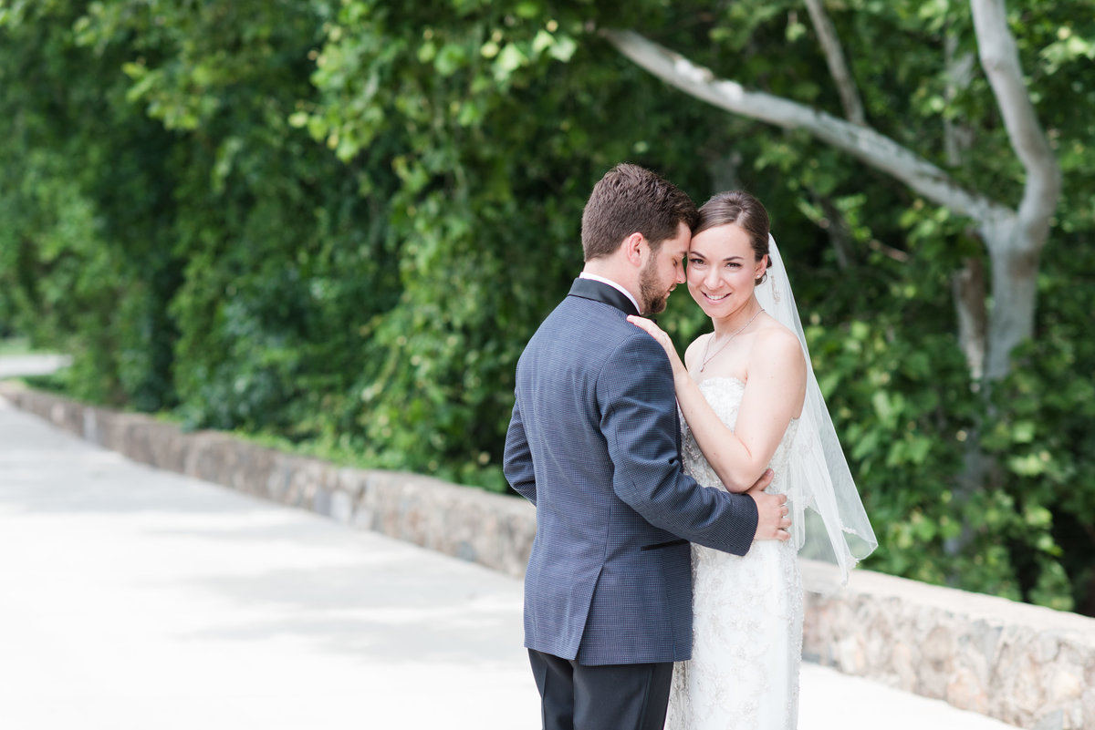An Alamance Country Club Wedding, Michelle and Sara Photography, Burlington NC2