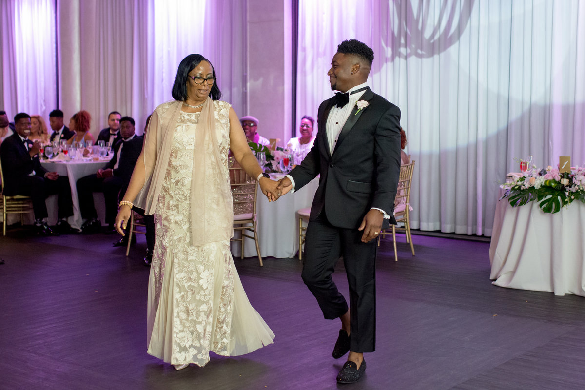 NFL Miami Dolphins Brandon Radcliff ShaKyra Radcliff Briza on the Bay Wedding Andrea Arostegui Photography-250