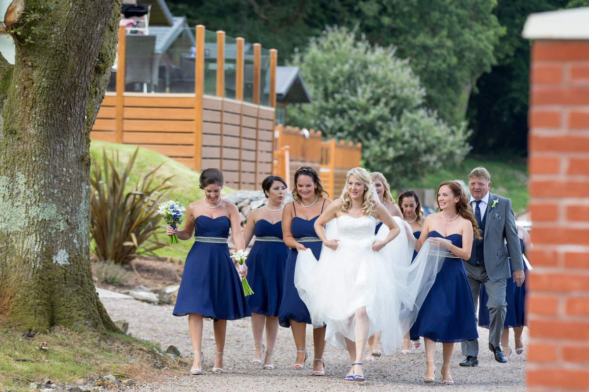 bride and bridesmaids at lakeview manor