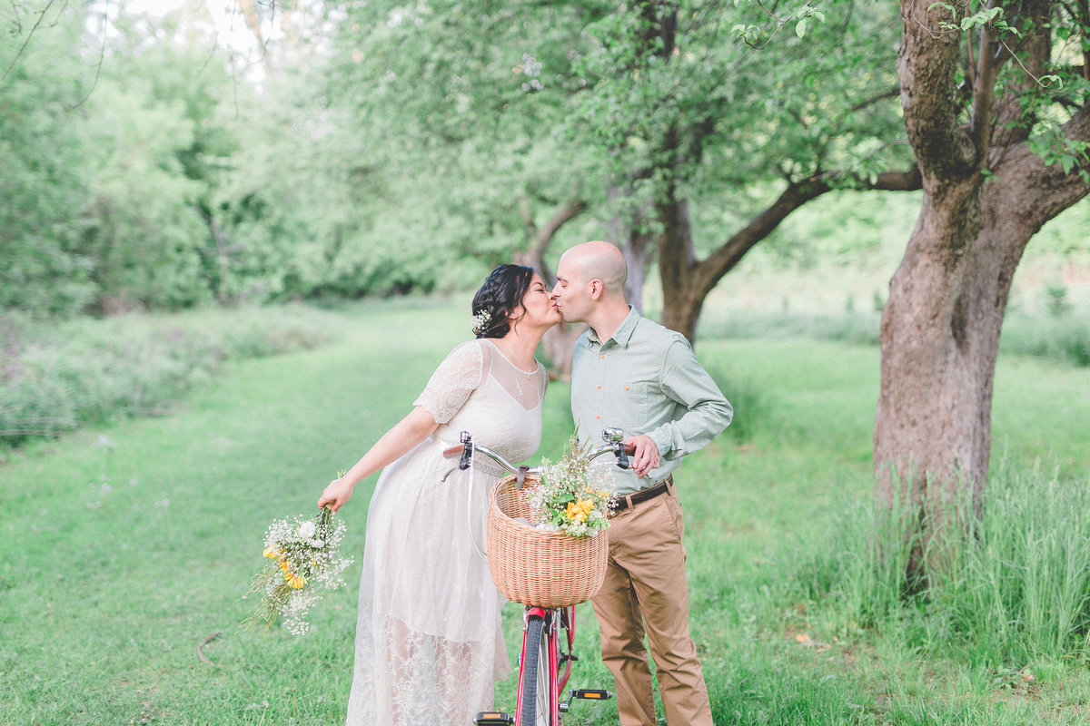 MikeAndFontaneEngaged_052516_WeeThreeSparrowsPhotography_072