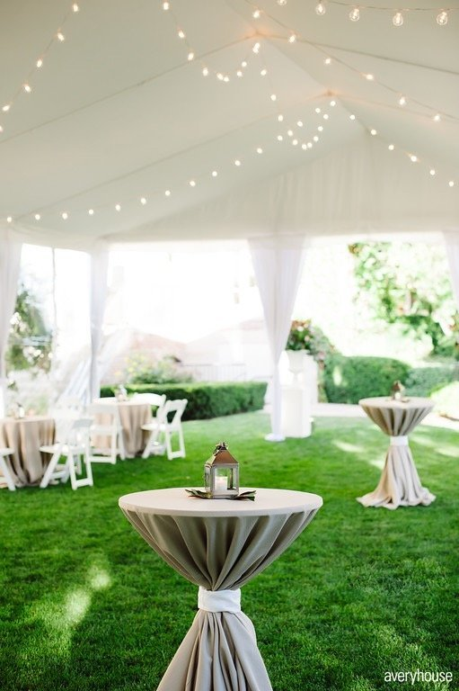 hinsdale_gold_club_outdoor_tented_cocktail_hour_chicago_wedding_florist_life_in_bloom