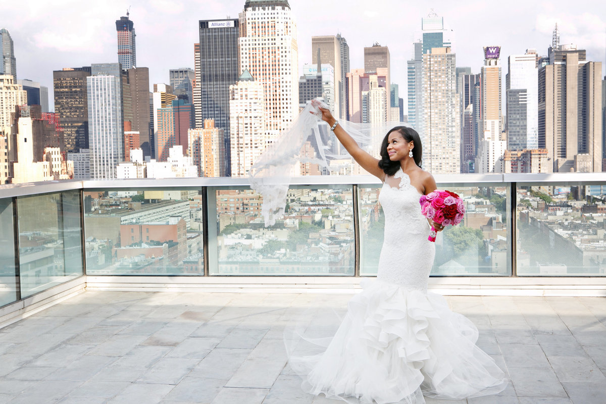AmyAnaiz__Intimate_Elopement_Wedding_Ink48_Rooftop_Mantattan_New_York011