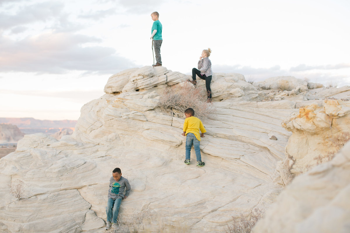 2018-02-18 Glen canyon look out point - Kori and Jared Photography-303
