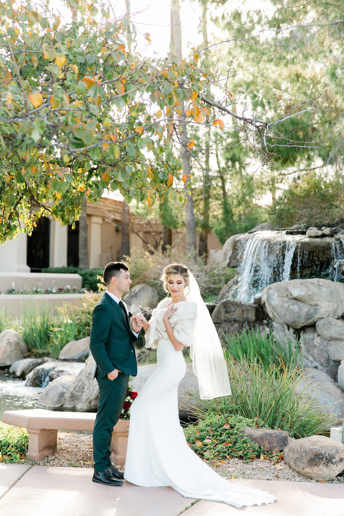 Karlie Colleen Photography - Gilbert Arizona Wedding - Val Vista Lakes - Brynne & Josh-477