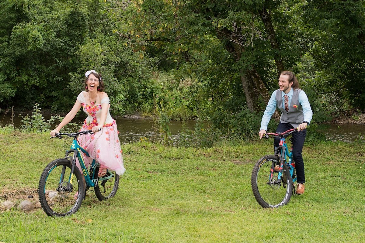 fun and offbeat Vermont wedding photographer 2