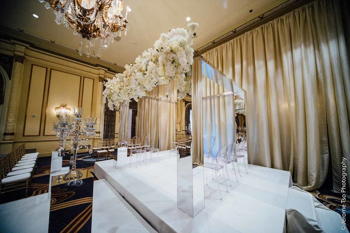 18Flora-Nova-Design-luxury-Fairmont-Seattle-wedding