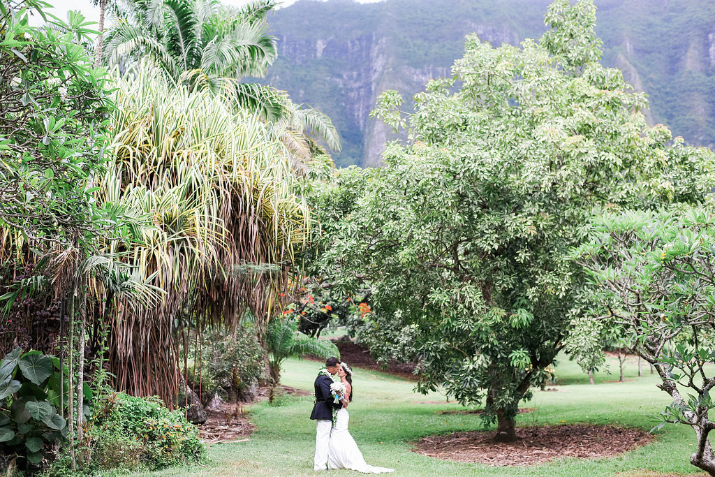 06.11.14-Lauren & Aaron-Ever After Events-Ashley Goodwin Photography-Kualoa Ranch-Hawaii Wedding-Military Wedding (66)
