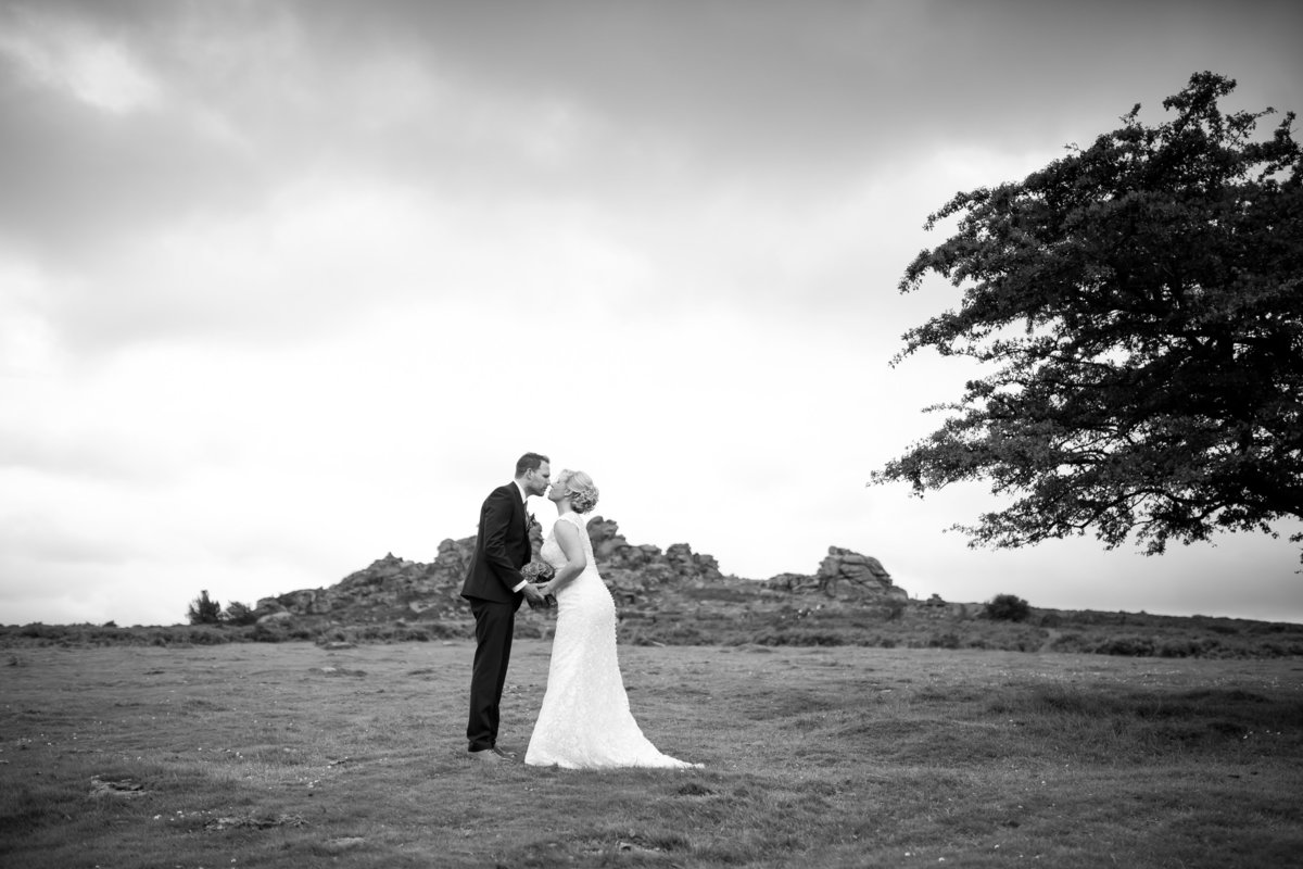 dartmoor wedding photographer in devon