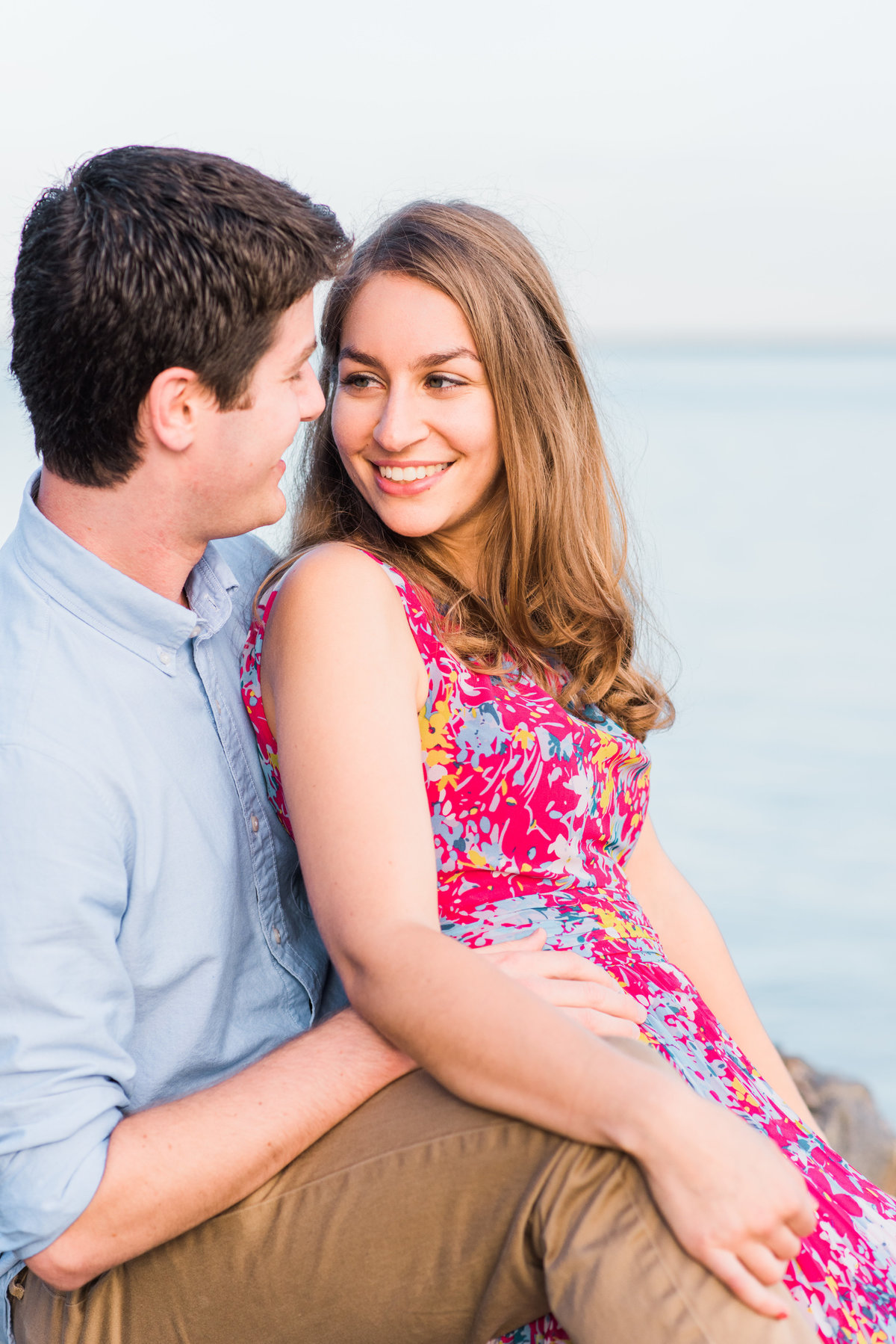 NY-Larchmont-Manor-Park-Engagement-Session-Photo-002